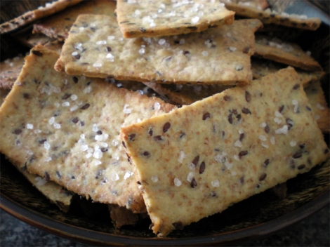 olive oil flaxseed crackers